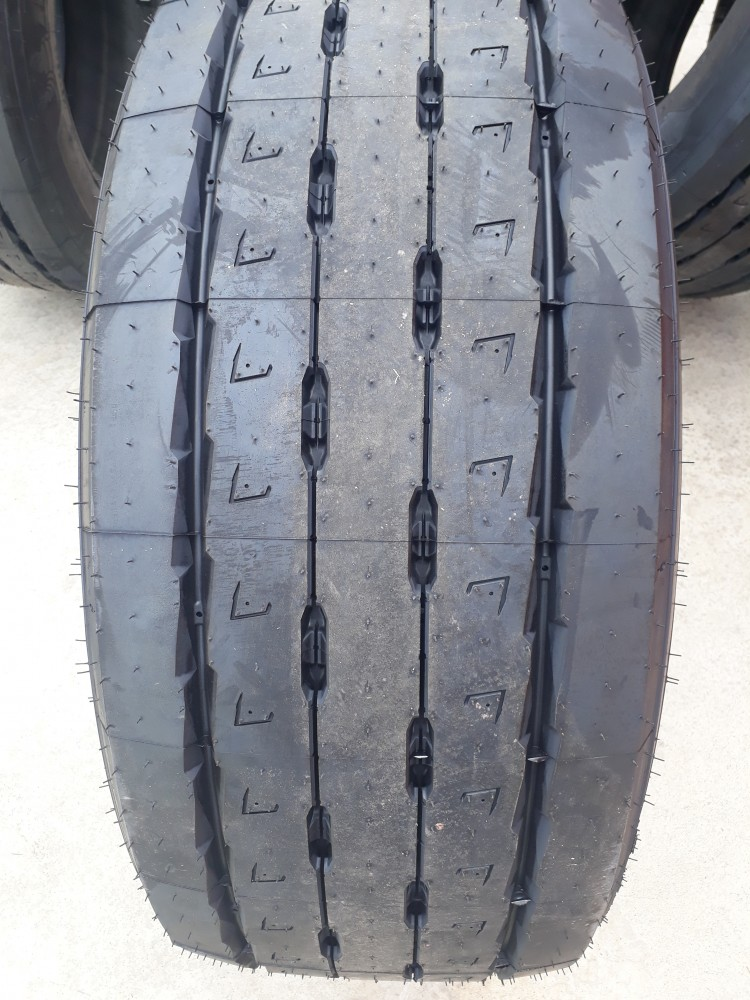 Michelin Remix 385/55R22.5 Multi T 160J РЕМАРКЕ